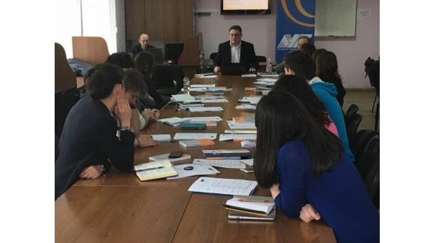 «Стандарти журналістики в умовах військового конфлікту» (Запоріжжя, 3-4 березня 2016 року)