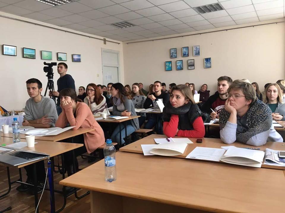«Будь-яка існуюча позиція повинна бути відображена у ЗМІ» – засновник Громадського телебачення Донбасу Олексій Мацука