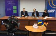 У Рівному відбулася презентація нового видання АУП «Журналістика: що треба знати та вміти» Геннінга Носке