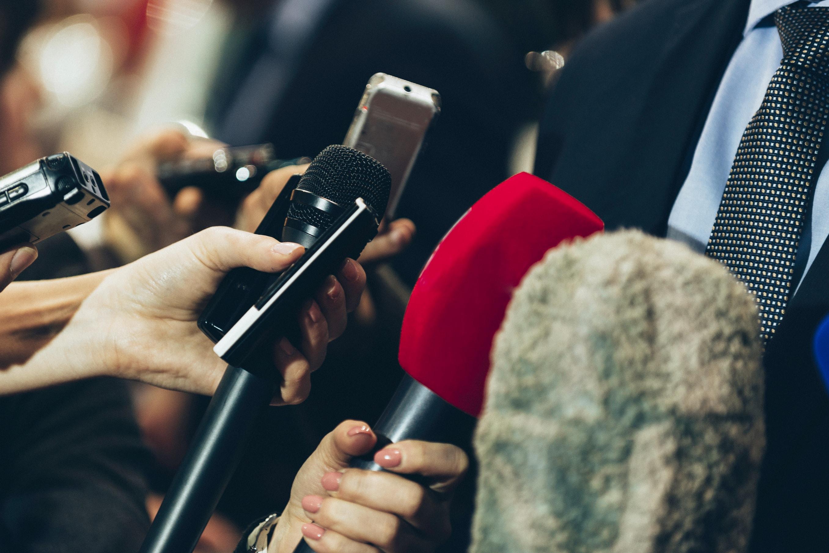 Припинити тиск на журналістів та медіа! РЕЗОЛЮЦІЯ